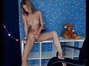 Stunning Teen Emmi Naked Masturbation