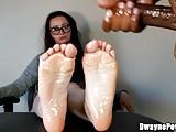 Cumming on Her Oiled Feet