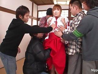亚洲辣妹他妈的会议结束与体内射精面部