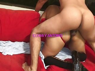 Anal Cuckold video: YOUNG FUCKS ME