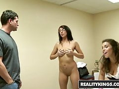 Money Talks - Lexi Marie - Des questions d'argent - Reality Kings