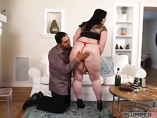 Anal Milfs video: Big Booty MILF Virgo Brings in New Years With Bottle In Her