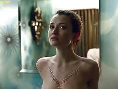 Emily Browning Scène Nue Dans American Scandals ScandalPlanet.Com