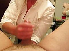 enfermeira dando médico massagem óleo handjob com fisting