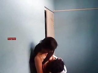 Big Tits Kissing 69 video: Indian fucking