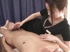 Relaxační masáž s ... velmi dlouhou cumshot!