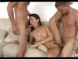 Cougar loves getting 2 cocks at once