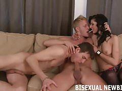 Mohu říct, že toto je vaše první bisexuální trojice