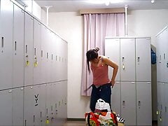Changing Apartment - Gal In The Locker Apartment 003