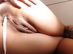 Cam squirting