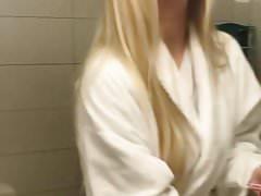 Elina Thorsell et une chaude amie blonde selfie vid
