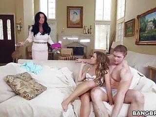 Veronica Avluv和Natasha White Stepmom視頻