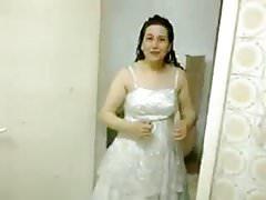 novia árabe lista para follar