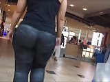 Thick Ass Candid