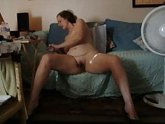 Frau masturbiert