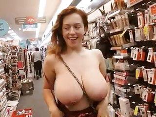 豐滿的女孩揭示了她的胸部titdrop彙編part16