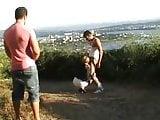 Moglie vestita da zoccola gioca con due pastori (2)