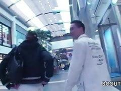 Młoda czeska nastolatka pieprzyła się w Mall for Money przez 2 German Boys