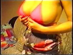 Amateur MILF Flaunting Big Boobs On Cam