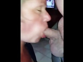 French Swallow Load vid: FRENCH WIFE REFUSES TO SWALLOW HIS LOAD - CHOKES