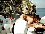 Lesbians Love To Kiss