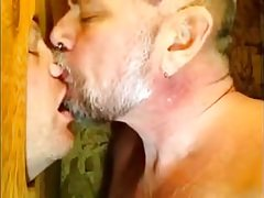 Gloryhole kissing | Porn-Update.com
