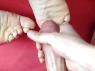 Brunette Footjob Milf video: cum on soles after fuck on girlfriend