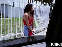 Busty všechny přírodní Latina skákací na kohout v JMacs van