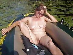 Mujer madura al aire libre