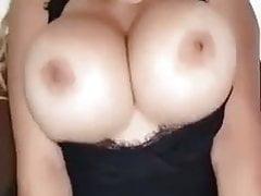 Ogromny Tit Cougar zostaje Fucked dobrze