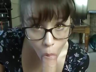 Cumshots Amateur Glasses video: Full lips brunette in get big load on glasses