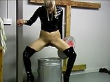 Hot Blonde Pee