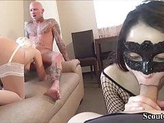 Dois casais alemães mudam suas namoradas para foder no grupo