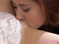 Lesbea Pussy Eating For Blonde I Busty Asian Lesbian