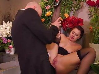 .the florist.