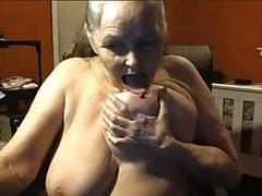 Nonna 68 anni con grandi tette, 2