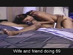 Frau und schwarze Freundin beim 69
