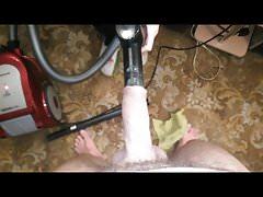 giochi casalinghi con un aspirapolvere