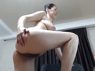 Japanese Fingering xxx: Sexy asian mature cums hard