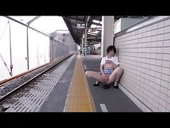 Reipon 48 - Public piss
