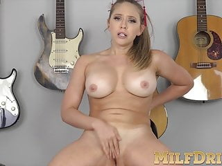 Wicked Mature Whore Enjoys Taking Her Clothes Off So Much