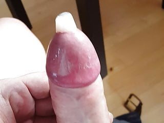 HDfilling a condom