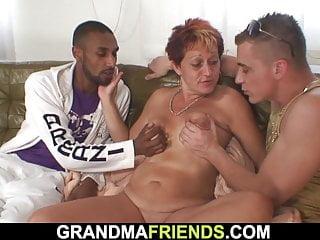 Velký penis stříkat