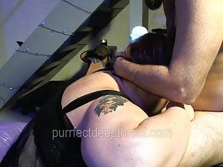 Il vibratore BBW sexy munge il cazzo per ogni goccia