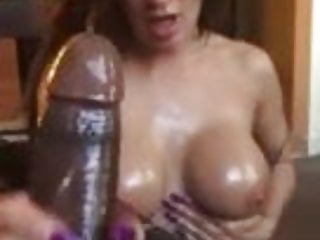 Mom Cumshot Milf video: Milf tugging every drop