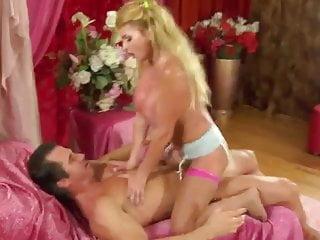 Scott Styles fucks Taylor Wane.