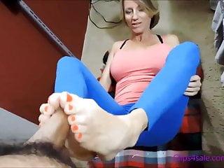 Yoga Mom Gives Footjob
