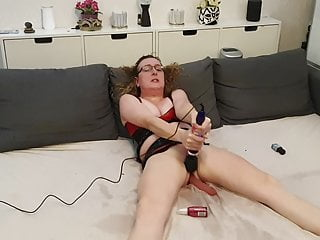 Lisa Latex Hard Throat Gagging and Cumming on the Doxy Wand