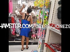 Young Ebony Lady Upskirt