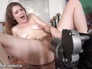 Machine Pitts Sex to Apricot Fucking Orgasm